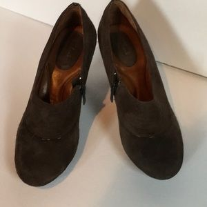 Clarks suede booties, size 8, taupe